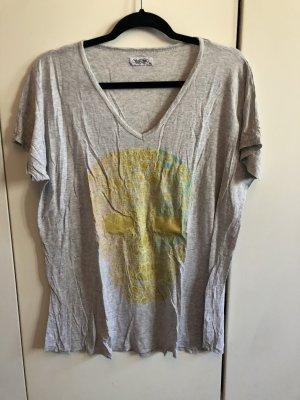 Cooles Shirt von Lauren Moshi