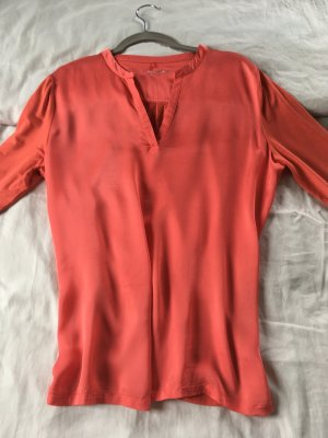 Corallenfarbenes Blusenshirt von Gerry Weber