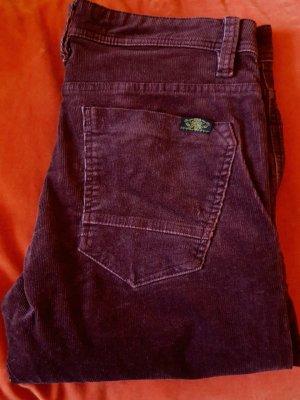 Pantalón de pana burdeos