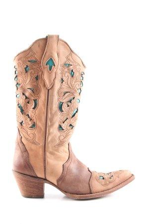 Botas estilo vaquero marrón-nude look casual