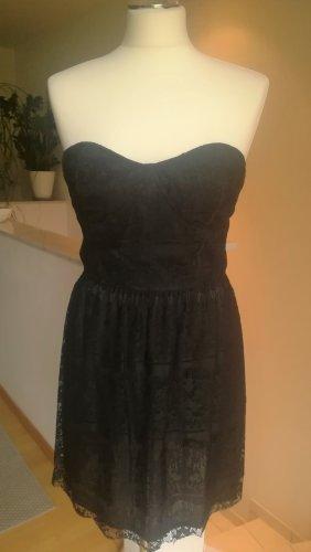 Corsagen-Kleid aus Spitze Gr. 38