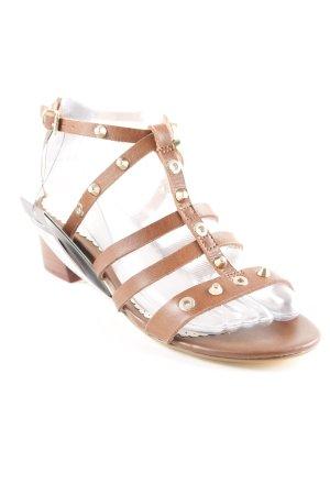 Cortefiel T-Steg-Sandaletten braun Nieten-Detail