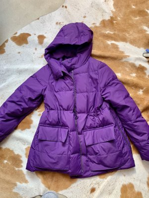 COS Chaqueta de plumón violeta amarronado-violeta oscuro