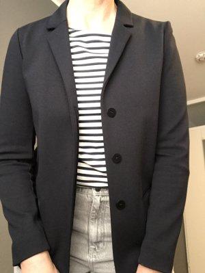 COS dunkelblaue Jacke - cleanschick sehr bequem mit schmalem Arm