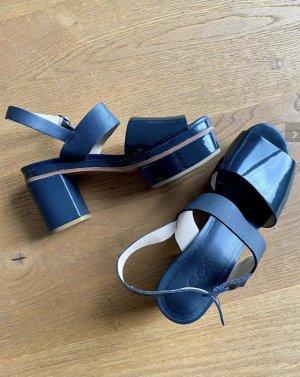 COS echtleder Lackleder Plateau Sandale blau Größe 39