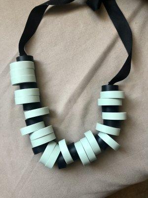 COS Halskette