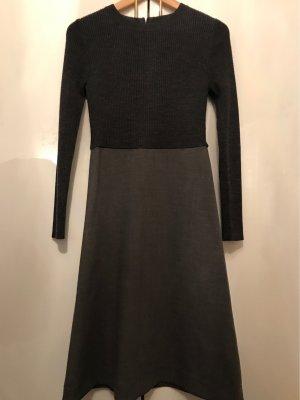 COS Robe à manches longues gris anthracite laine