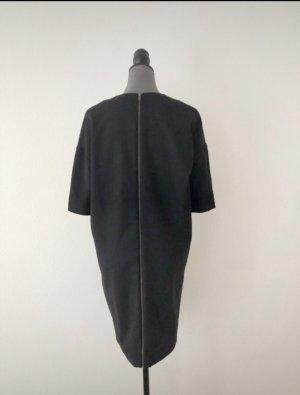 COS Vestido de lana negro