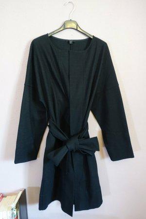 COS Vestido cruzado negro tejido mezclado