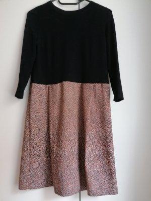 COS Robe en laine noir-orange doré laine