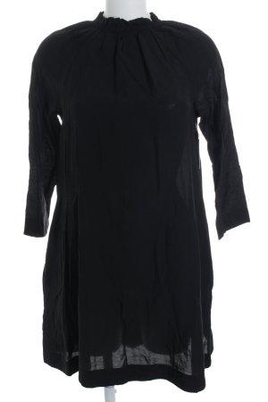 COS Langarmkleid schwarz schlichter Stil