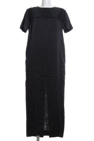 COS Vestido largo negro look casual