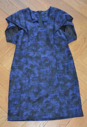 COS Printkleid Kleid Muster Stretch wie neu Gr. DE 40 = M blau schwarz stretch