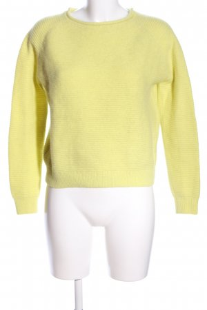 COS Crewneck Sweater primrose casual look