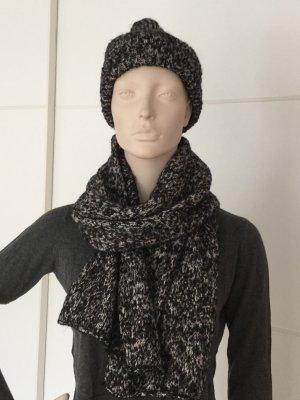 COS-Set aus Mütze und Schal - neuwertig
