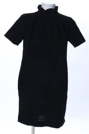 COS Vestido estilo camisa negro look casual