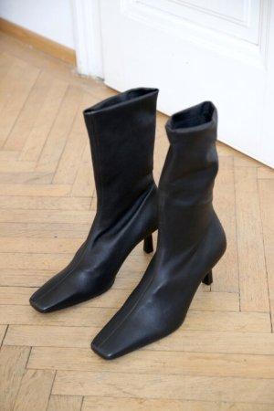 COS Stiefeletten Stiefel Boots mit Pfennigabsatz Größe 40 NEU und ungetragen mit Etikett