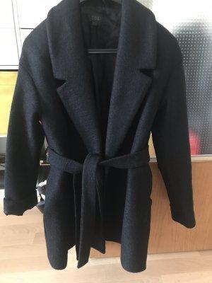 COS Wełniany płaszcz czarny