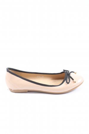 Coura Foldable Ballet Flats cream casual look