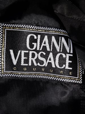 Couture Anzug Gianni Versace, N.P. 2500€