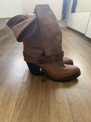 Botas de tobillo marrón