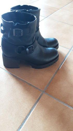 Cox Zipper Booties black