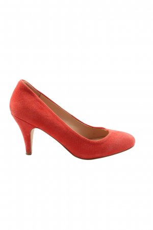 Cox Classic Court Shoe red business style