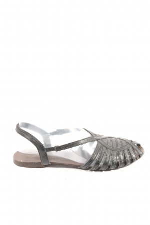 Cox Strapped Sandals black casual look