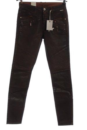 Cream pantalón de cintura baja marrón look casual