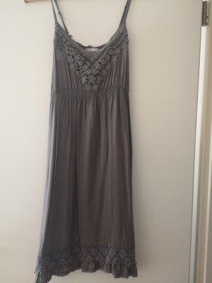 cream Kleid 36 s neuwertig braun beige