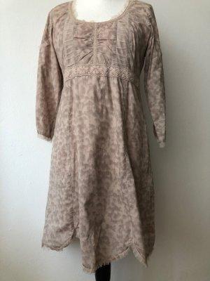 Cream Kleid Gr.40