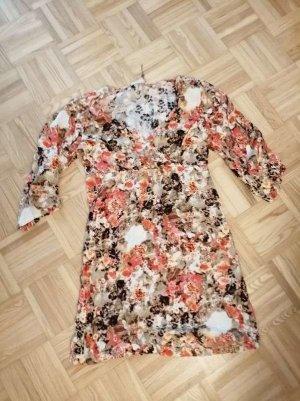 Cream Kleid Tunika total ausgefallen Knitterlook - ein Hingucker - Gr. M 38/40 neu ungetragen Blumenkleid