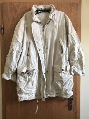 Długa kurtka kremowy