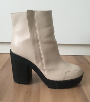 Cremeweiße Chunkyboots Plateauboots H&M Gr. 37 Blogger nude