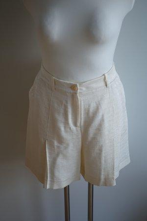 Cremeweiße Shorts