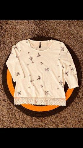 cremeweißes Shirt mit Schmetterlingen, Gr.S