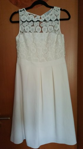 Cremweisse Kleid von Gina Bacconi