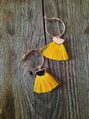 claire Ear Hoops gold-colored-dark yellow
