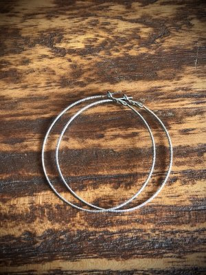 Unbekannte Marke Orecchino a cerchio argento