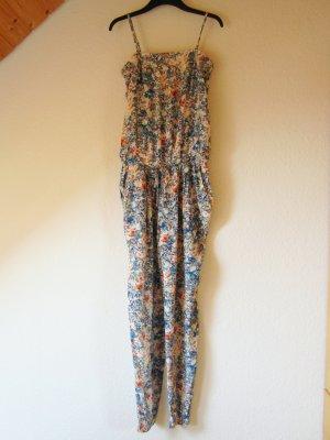 Crêpe-Jumpsuit mit floralem Allover-Print