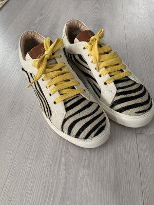 Crickit Sneaker