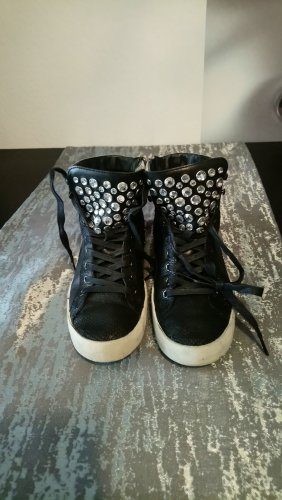 Crime Lace-Up Sneaker black-silver-colored