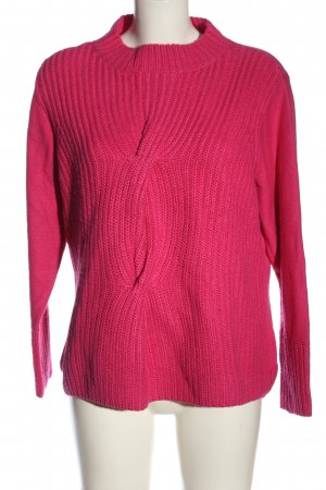 Crisca Cable Sweater pink cable stitch casual look