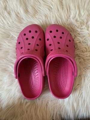 Crocs Beach Sandals raspberry-red-magenta