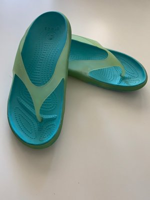 Crocs Entre-doigt turquoise-bleu cadet