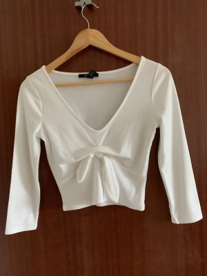 Forever 21 Cropped shirt wit