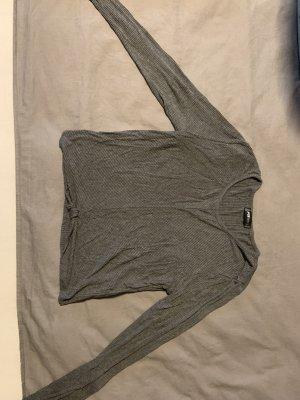 Camisa acanalada gris oscuro