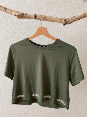 Crop-Shirt von STRONGER