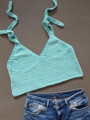 Selbstgehäkelter Crochet Top turquoise