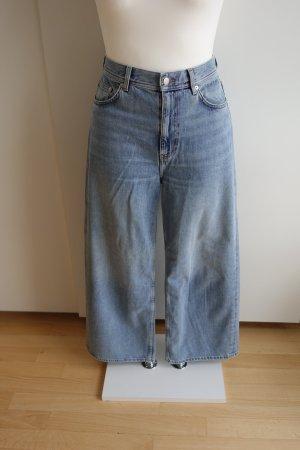 ARKET Jeansy z wysokim stanem błękitny